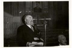 1945-dax-11